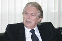 Luciano Bivar comenta fraco crescimento econômico