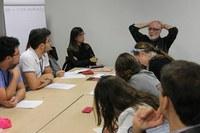 Programa oferece a estudantes e jornalistas uma imersão no trabalho de correspondente internacional